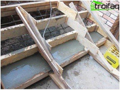 Pouring concrete staircase