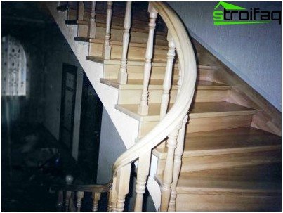 Finishing concrete staircase granite