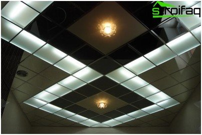 Modular ceiling with integrated lighting