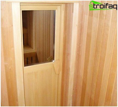Combined doors for baths and saunas