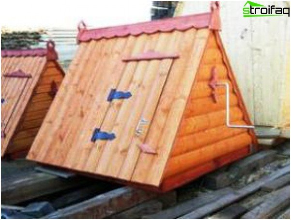Roof house made of boards