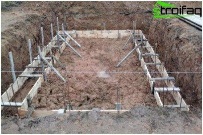 The foundation with reinforcement