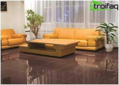 Solid flooring tiles