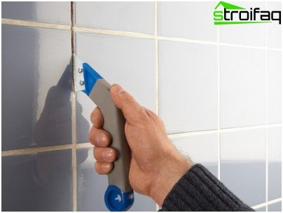 How to wipe the seams on the tile: advice and tips
