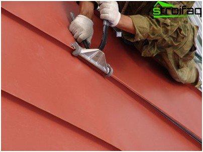 Seam roof
