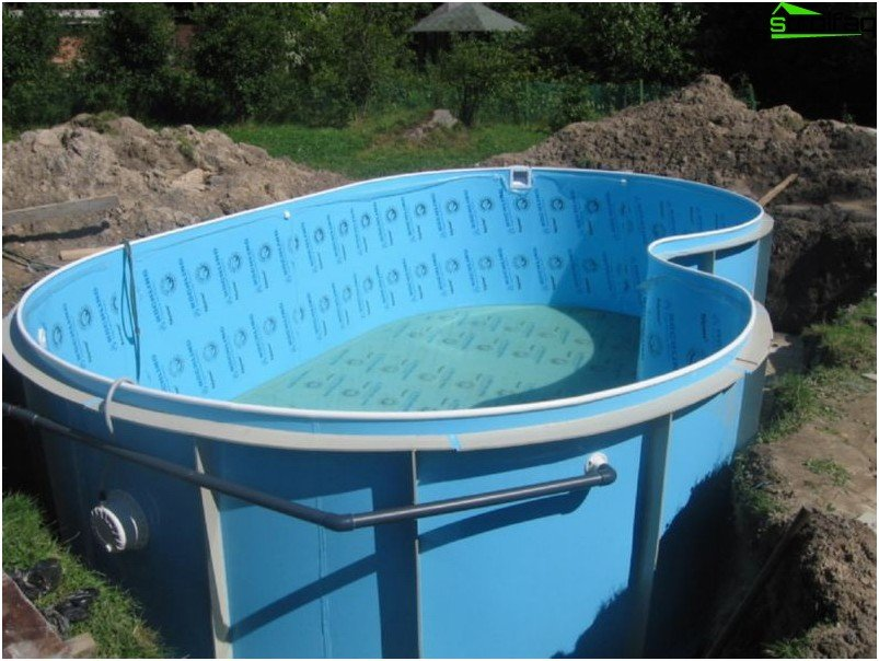 Ready plastic pool