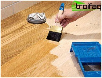 We are making the wooden floor in the bathroom. Step-by-step instruction