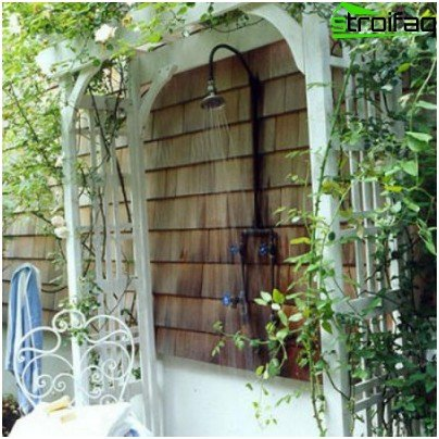 Shower in the garden - salvation from the heat