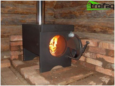 Heaters for solid fuels