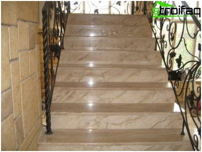 Facing with marble stairs
