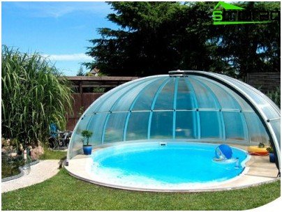 Example pavilion for round pool