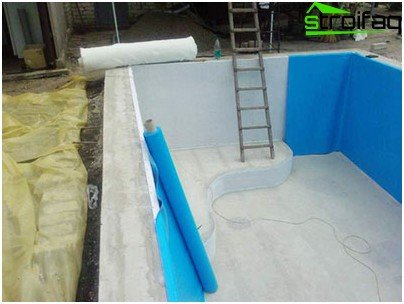 Finish film swimming pool