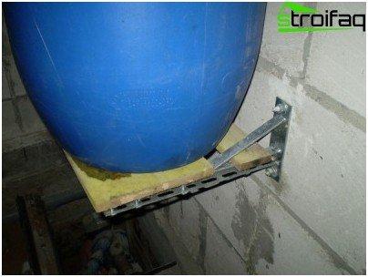 Mounting evaporator