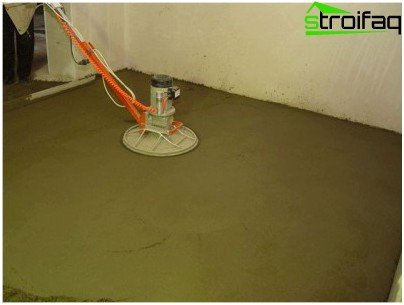 Grinding screed