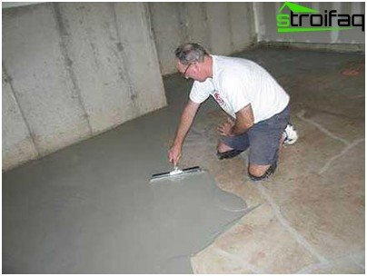 Screed concrete solution to be very careful