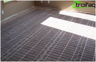 Electric floor heating for parquet