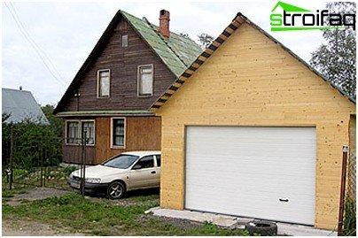 Frame garage has many advantages