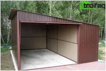 Pent roof garage