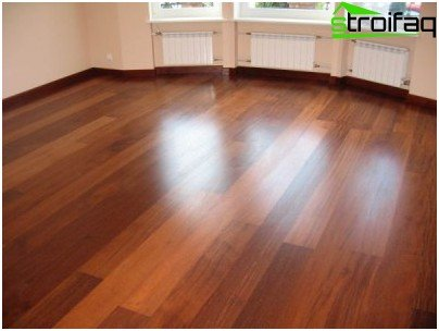 Parquet flooring from solid wood