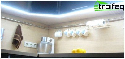How to illuminate the work area in the kitchen