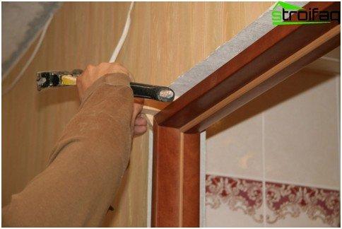 Installing the door frame when installing sliding doors