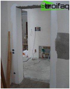Preparation of the door opening for the installation of doors
