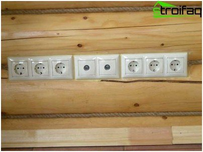Installation of switches and sockets in a wooden house