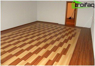 Vinyl floor tiles wood