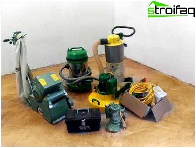 Tools and equipment for sanding