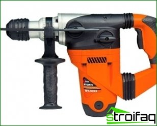 Power tools for the repair of apartments