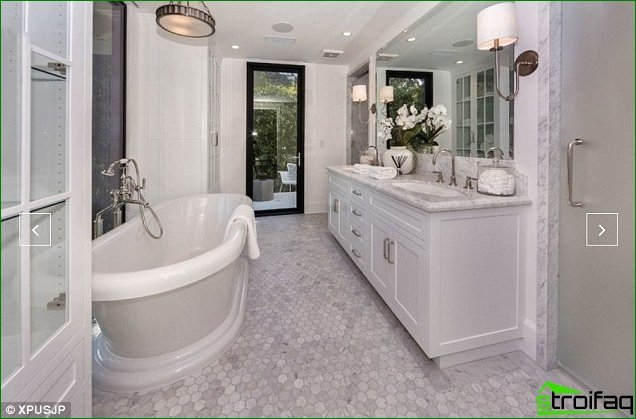 Create a bathroom design for the business person