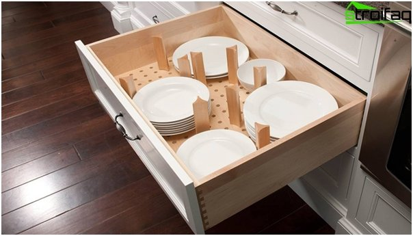 Dividers for drawers in the kitchen furniture from Ikea - 5