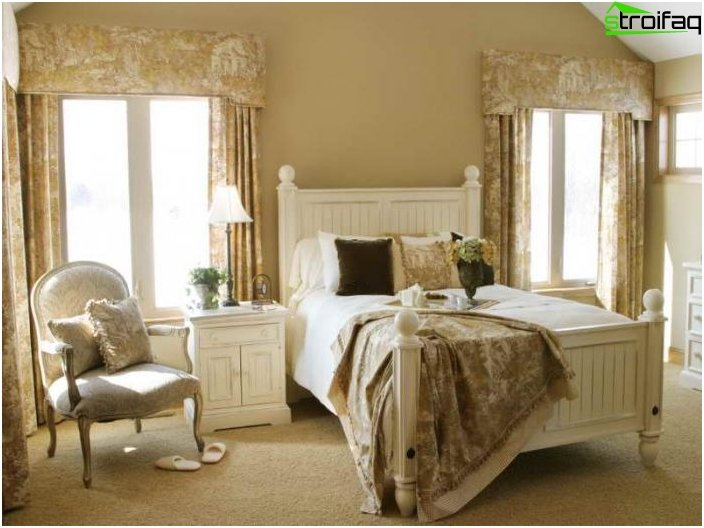 Curtains for the bedroom should bear comfort 5 photos