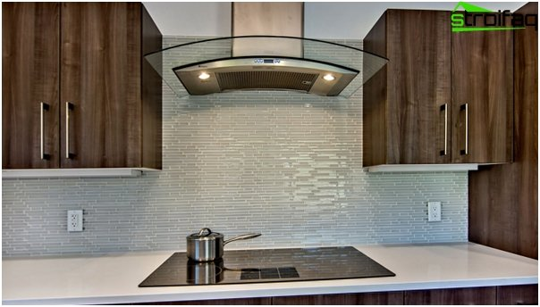 Tile in kitchen interior (glass) - 1