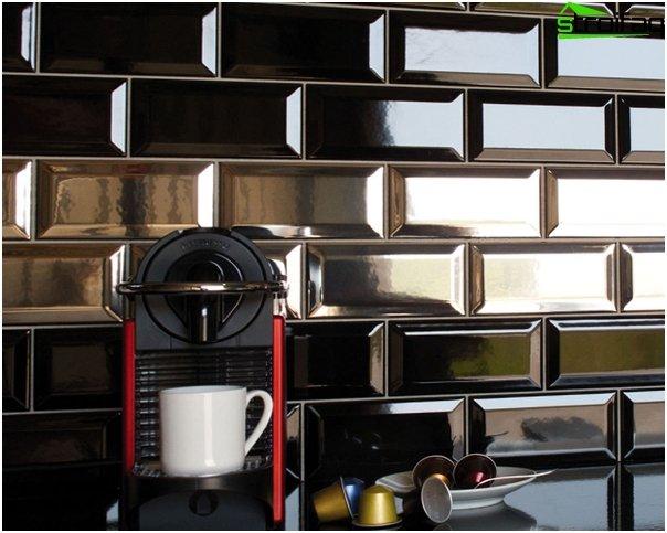 Tile in kitchen interior (apron) - 5
