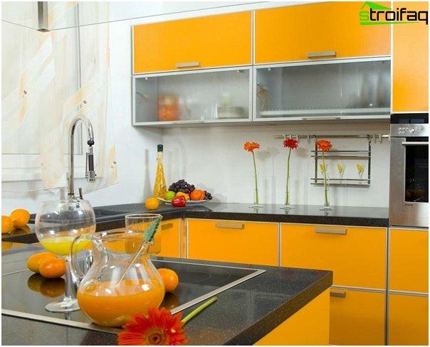 Кухня в желтой тоне-6