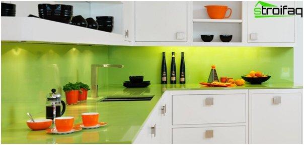 Кухонная мебель в зеленом тоне-4