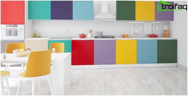 Кухонная мебель в светлых тонах-3