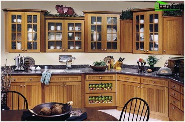 Кухонная мебель из дерева -2