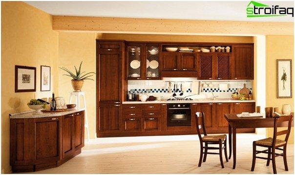 Кухонная мебель из дерева-4