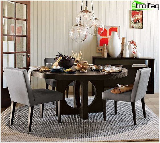The round shape of the dining table - 5