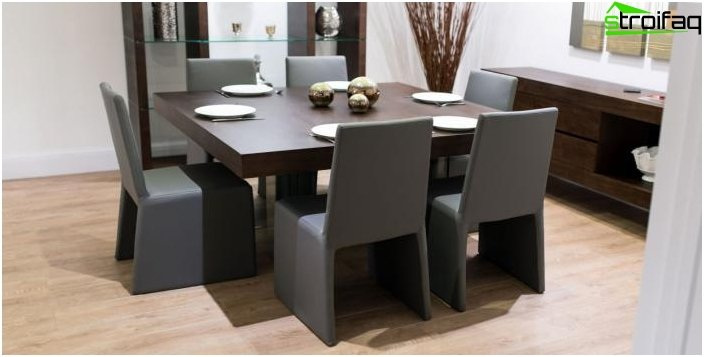 The square shape of the dining table - 4