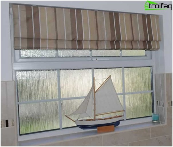 Roman blinds in a marine style - 1