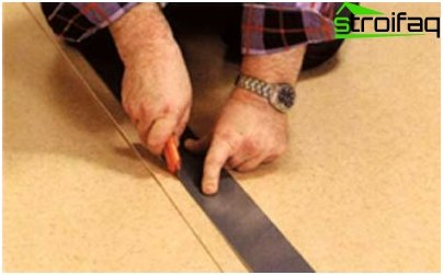 Cutting linoleum