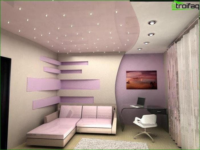 Targeted lighting on the ceiling plasterboard