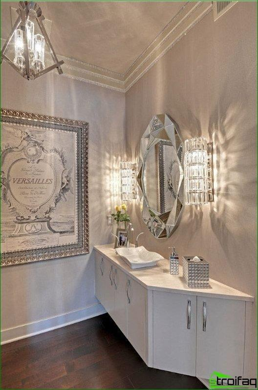 Facet mirror in the form of di'monds bathroom luxury class