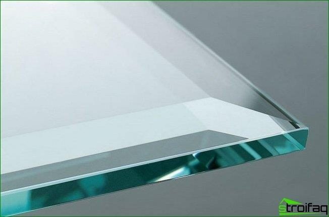 Example of cut faceted mirror