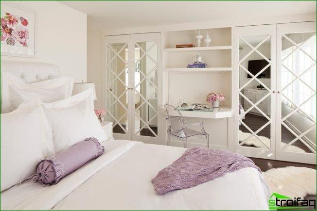 Effect faceted mirrors on the closet, you can re-create the optical