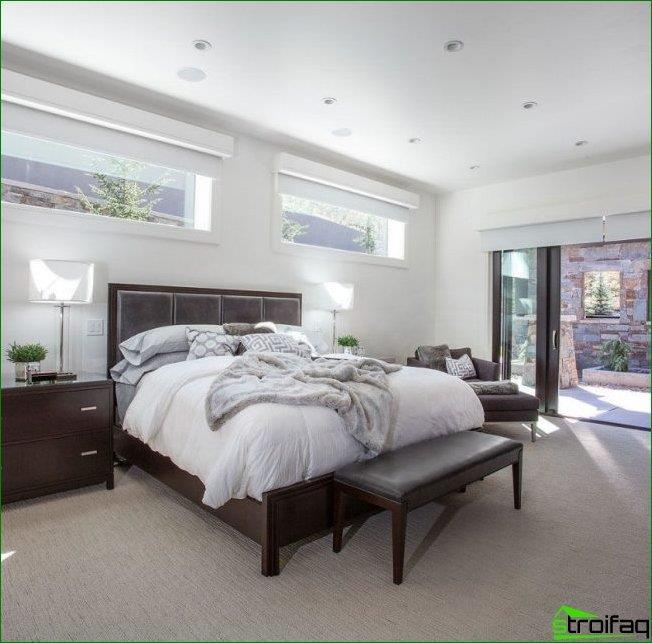 soll ich das bett kopfteil zum fenster setzen plus minus. Black Bedroom Furniture Sets. Home Design Ideas