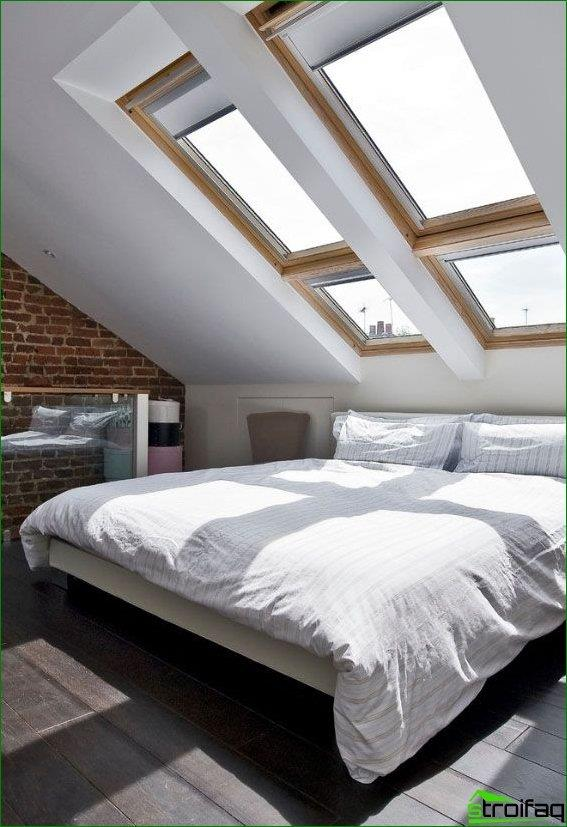 """Customised solution: the location of the """"window under the"""" bed in the attic will allow to enjoy the view of the starry sky"""